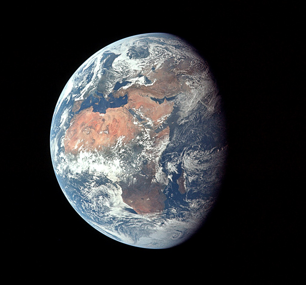 Apollo 11 Earth